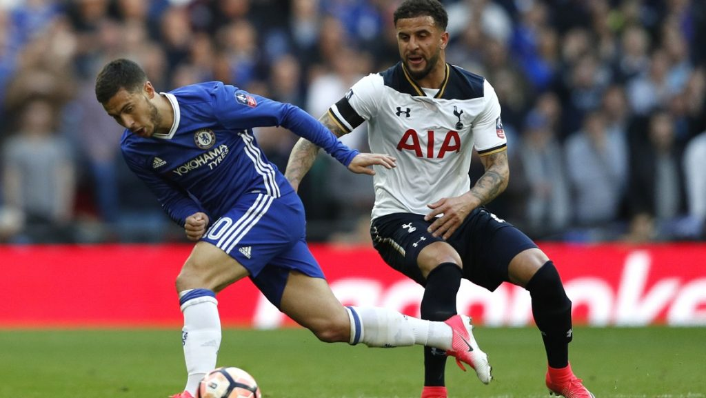 Chelsea's Belgian midfielder Eden Hazard (L) vies with Tottenham Hotspur's English defender Kyle Walker (R) during the FA Cup semi-final football match between Tottenham Hotspur and Chelsea at Wembley stadium in London on April 22, 2017. / AFP PHOTO / Adrian DENNIS / NOT FOR MARKETING OR ADVERTISING USE / RESTRICTED TO EDITORIAL USE