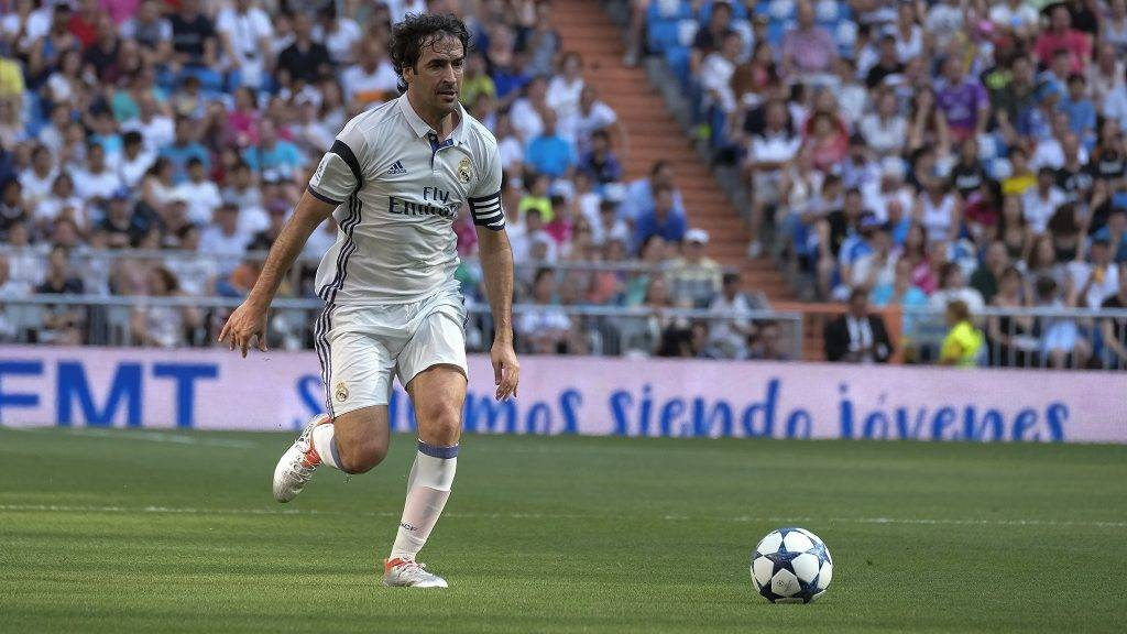 Raúl González  Real Madrid's  in action  during the Corazon Classic Match 2017 'Heartbeats for Africa' between legends of Real Madrid and Roma played at Santiago Bernabeu Stadium in Madrid, Spain, 11 June 2017. (Photo by Oscar Gonzalez/NurPhoto)