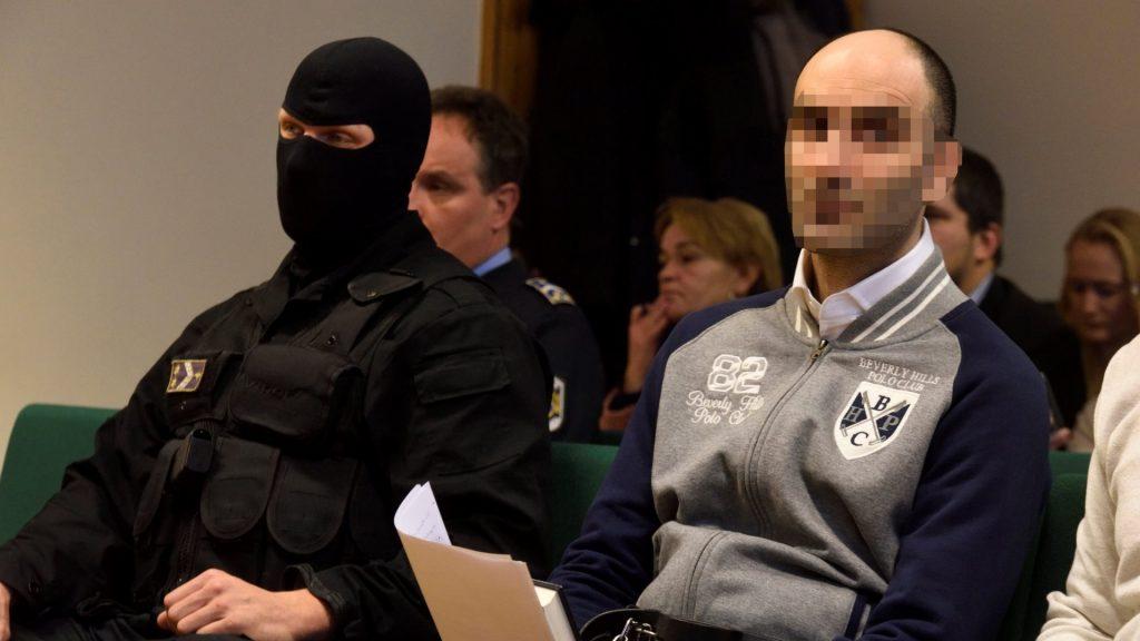 Illegális bevándorlás - A terrorcselekménnyel vádolt szír férfi pere Szegeden