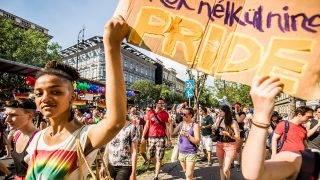 Budapest, 2016. július 2.A 21. Budapest Pride felvonulás az Oktogonnál 2016. július 2-án.MTI Fotó: Balogh Zoltán