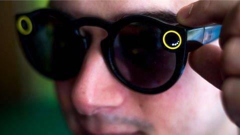 A kamerás napszemüveg eszement körfelvételeket készít f76ca3e79c