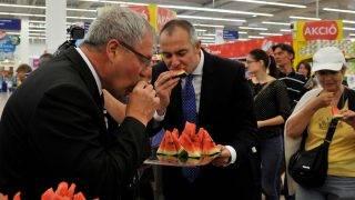 Elkezdődött a magyar dinnye népszerűsítése a Tesco áruházakban