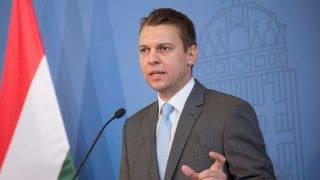 Kvótareferendum - Dömötör Csaba és Menczer Tamás sajtótájékoztatója