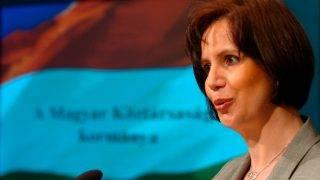 Danks Emese kormányszóvivő évindító tájékoztatót tart a Miniszterelnöki Hivatal irodaházában. MTI Fotó: Kovács Tamás. 2007 január 2-án