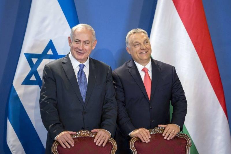 Budapest, 2017. július 18. Benjámin Netanjahu izraeli (b) és Orbán Viktor magyar miniszterelnök Budapesten, az Országházban tartott sajtótájékoztatón 2017. július 18-án. MTI Fotó: Mohai Balázs