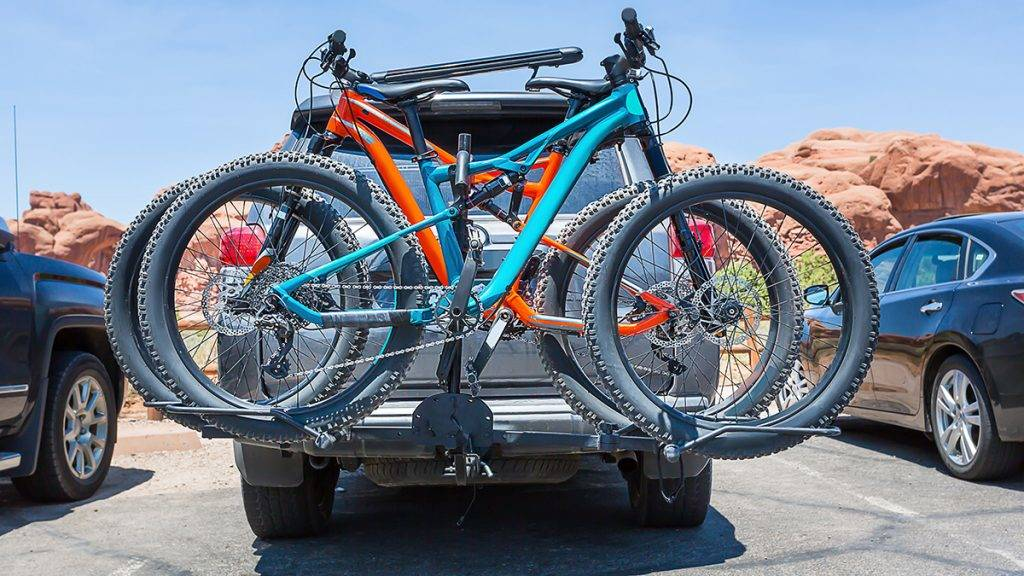 Bikes loaded on the back of a car. Active sport concept.