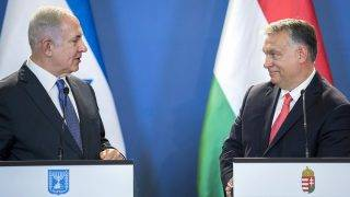 Budapest, 2017. július 18.Benjámin Netanjahu izraeli (b) és Orbán Viktor magyar miniszterelnök sajtótájékoztatót tart Budapesten, az Országházban 2017. július 18-án.MTI Fotó: Mohai Balázs