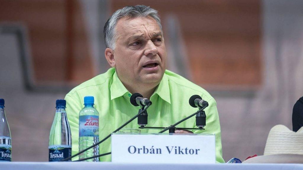 Tusnádfürdő, 2017. július 22.Orbán Viktor miniszterelnök előadást tart a 28. Bálványosi Nyári Szabadegyetem és Diáktáborban (Tusványos) az erdélyi Tusnádfürdőn 2017. július 22-én.MTI Fotó: Veres Nándor