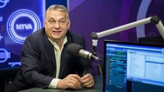 Budapest, 2017. július 7. Orbán Viktor miniszterelnök interjút ad a 180 perc címû mûsorban a Kossuth Rádió stúdiójában 2017. július 7-én. MTI Fotó: Mohai Balázs