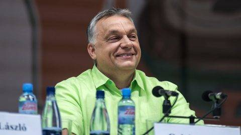 Tusnádfürdő, 2017. július 22.Orbán Viktor miniszterelnök előadása előtt a 28. Bálványosi Nyári Szabadegyetem és Diáktáborban (Tusványos) az erdélyi Tusnádfürdőn 2017. július 22-én.MTI Fotó: Veres Nándor