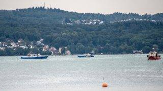 Emergency services boats at the crash site after a small plane crashed into Lake Constance near Konstanz-Litzelstetten, Germany, 8August 2017. According to current information, the plane had two people on board. Photo: Sven Friebe/dpa