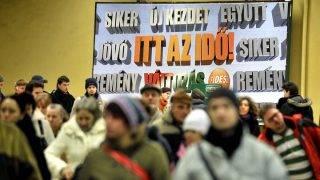 Budapest, 2010. január 19.A Fidesz választási plakátja a Batthyány téri aluljáróban.MTI Fotó: Beliczay László