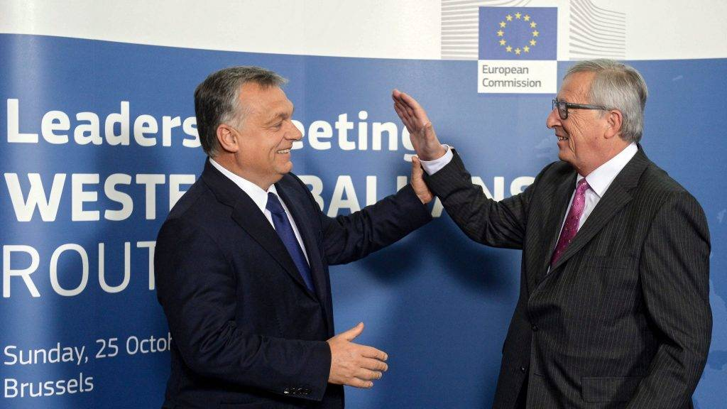 Orbán nagyon azt akarja, hogy az EU fizessen a határvédelemért