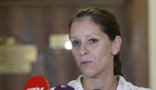 Budapest, 2017. augusztus 3. Szél Bernadett, a testület LMP-s tagja nyilatkozik a sajtónak az Országgyûlés nemzetbiztonsági bizottságának zárt ülése után az Országgyûlés Irodaházában 2017. augusztus 3-án. MTI Fotó: Soós Lajos