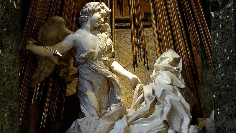 "A picture shows the newly restored sculpture by Italian artist Gian Lorenzo Bernini ""The Ecstasy of Saint Teresa"" unveiled in the Cornaro Chapel of Santa Maria della Vittoria church on November 26, 2015 in Rome.  AFP PHOTO / FILIPPO MONTEFORTE / AFP PHOTO / FILIPPO MONTEFORTE"