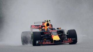Red Bull's Dutch driver Max Verstappen drives during the first practice session of the Formula One Malaysia Grand Prix in Sepang on September 29, 2017.  / AFP PHOTO / ROSLAN RAHMAN