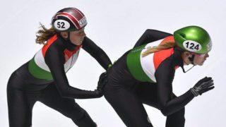 Budapest, 2017. szeptember 29. Kónya Zsófia (b) és Heidum Bernadett a 3000 méteres táv váltó számának selejtezõjében a rövidpályás gyorskorcsolyázók olimpia kvalifikációs világkupa-sorozatának elsõ állomásán a budapesti BOK Csarnokban 2017. szeptember 29-én. MTI Fotó: Czeglédi Zsolt