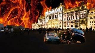 Budapest, 2017. április 4.Demonstrálók a CEU-val vagyok feliratot rakják ki mécsesekből a Parlament épülete előtt 2017. április 4-én. Az Oktatási szabadságot csoport Élőlánc a CEU körül címmel meghirdetett demonstrációjának résztvevői közül többen a Közép-európai Egyetemtől az Országházhoz vonultak. Az Országgyűlés ezen a napon módosította a nemzeti felsőoktatásról szóló törvényt, amelynek értelmében a jövőben akkor működhet oklevelet adó külföldi felsőoktatási intézmény Magyarországon, ha működésének elvi támogatásáról államközi szerződés rendelkezik.MTI Fotó: Balogh Zoltán