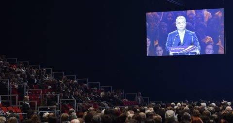 Budapest, 2017. október 31. Egy kivetítõn látszik, amint Orbán Viktor miniszterelnök, a Reformáció Emlékbizottság elnöke beszédet mond a reformáció jubileumi emlékévének központi ünnepségén a Papp László Budapest Sportarénában 2017. október 31-én. MTI Fotó: Máthé Zoltán