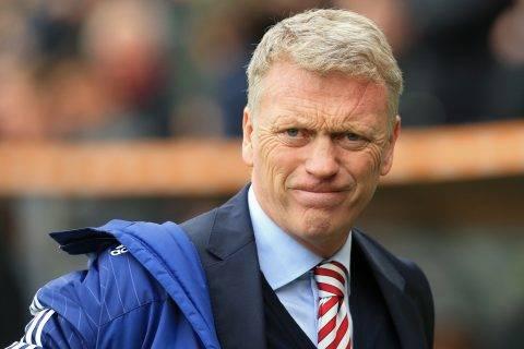Rasszista vádak miatt magyarázkodik a korábbi Manchester United-edző