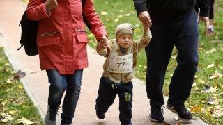 Budapest, 2017. október 22. Az 1956-os forradalom és szabadságharc 61. évfordulója alkalmából családoknak rendezett budapesti futóverseny 2017. október 22-én. MTI Fotó: Koszticsák Szilárd