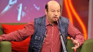 Budapest, 2017. április 7. Kerényi Miklós Gábor (KERO) Kossuth-díjas és Erkel Ferenc-díjas rendezõ, színigazgató, kiváló mûvész a Hogy volt?! címû tv-mûsor felvételén, az MTVA Kunigunda utcai gyártóbázisának 3-as stúdiójában. A mûsorban Sasvári Sándor Jászai Mari-díjas és EMeRTon-díjas színmûvész, énekes munkásságát idézték meg.  MTVA Fotó: Zih Zsolt
