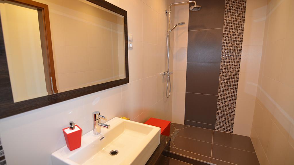 zuhany termékek pikkelysömörhöz apró piros foltok a hasán