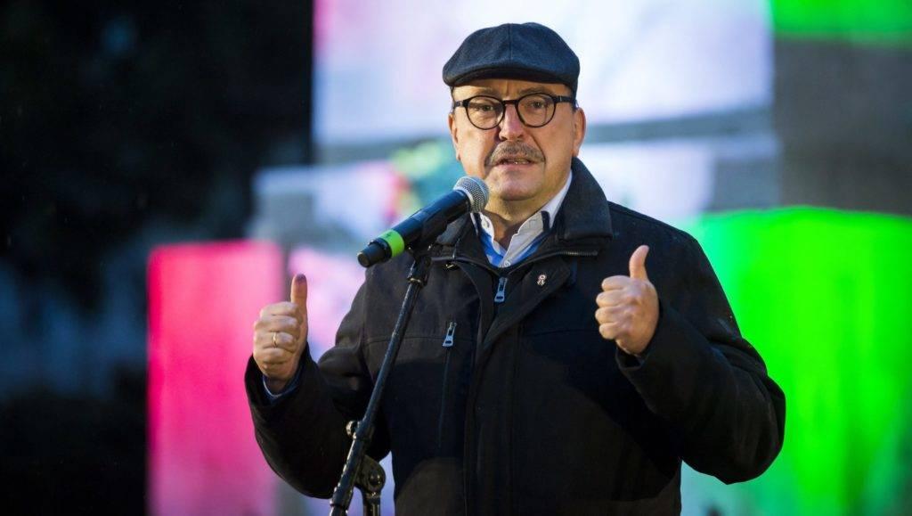 Budapest, 2017. október 22. Németh Zsolt, a Rákóczi Szövetség elnökségi tagja, az Országgyûlés külügyi bizotságának elnöke beszédet mond a Bem téren az 1956-os forradalom és szabadságharc 61. évfordulója alkalmából rendezett megemlékezésen 2017. október 22-én. MTI Fotó: Mohai Balázs