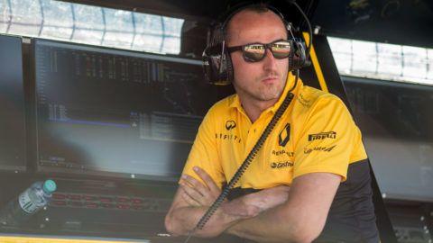 Robert Kubica: Képtelenség, nem vezetek félkézzel