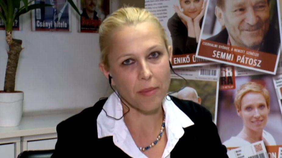 Lampé Ágnes a 168 Óra munkatársaként az ATV műsorának nyilatkozik. Fotó: Youtube