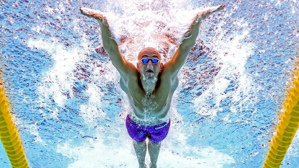 This picture taken with an underwater camera shows Hungary's Laszlo Cseh competing in a heat of the men's 100m butterfly during the swimming competition at the 2017 FINA World Championships in Budapest, on July 28, 2017.  / AFP PHOTO / François-Xavier MARIT