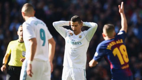MADRID, SPAIN - DECEMBER 23:  Cristiano Ronaldo of Real Madrid reacts during the La Liga match between Real Madrid and Barcelona at Estadio Santiago Bernabeu on December 23, 2017 in Madrid, Spain.  (Photo by Denis Doyle/Getty Images)