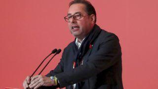 Madrid, 2017. június 17. Gianni Pittella, az Európai Parlament Szocialisták és Demokraták Progresszív Szövetsége elnevezésû szociáldemokrata képviselõcsoportjának (SD) olasz vezetõje beszédet mond az ellenzéki Spanyol Szocialista Munkáspárt (PSOE)  kétnapos kongresszusának megnyitóján Madridban 2017. június 17-én. (MTI/EPA/Sergio Barrenechea)
