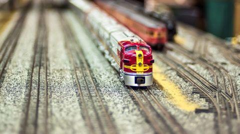 Model railway train set