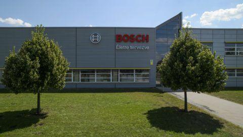 Hatvan, 2013. augusztus 16. A Robert Bosch Elektronika Kft. hatvani üzeme 2013. augusztus 12-én. A magyar kormány és a magyarországi Bosch-csoport 2013. július 31-én kötött stratégiai megállapodást Budapesten. MTI Fotó: Komka Péter