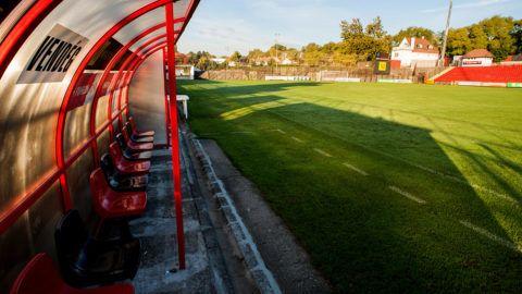 Pécs, 2013. október 7.A PMFC-Matias stadionja Pécsen 2013. október 7-én. A stadion bekerült a fejlesztendő létesítmények első körébe a kormány stadionrekonstrukciós programjában, így 700 millió és 1 milliárd forint közötti támogatásra számíthat, amelyet többek között a nézőtér és a játéktér korszerűsítésére, fedett lelátó, családi szektor kialakítására és az energiahatékonyság növelésére fordítanának.MTI Fotó: Sóki Tamás