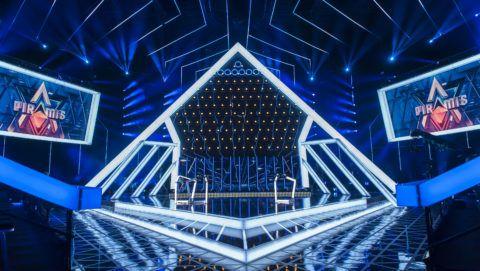 A Piramis gameshow díszlete