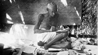 Indian Nationalist Leader Mahatma Gandhi (Photo by © Hulton-Deutsch Collection/CORBIS/Corbis via Getty Images)