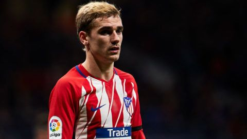 MADRID, SPAIN - JANUARY 17:  Antoine Griezmann of Atletico de Madrid looks on during the Copa del Rey, Round of 8, first Leg match between Atletico de Madrid and Sevilla FC at Estadio Wanda Metropolitano on January 17, 2018 in Madrid, Spain.  (Photo by fotopress/Getty Images)