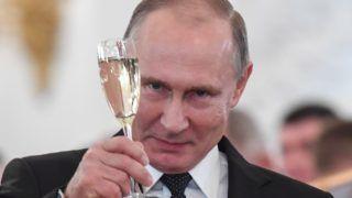 Moszkva, 2017. december 28. Vlagyimir Putyin orosz elnök a Szíriában harcoló orosz katonák kitüntetési ünnepségén a moszkvai Kremlben 2017. december 28-án. (MTI/EPA/AFP pool/Kirill Kudrjavcev) *** Local Caption *** 51544546
