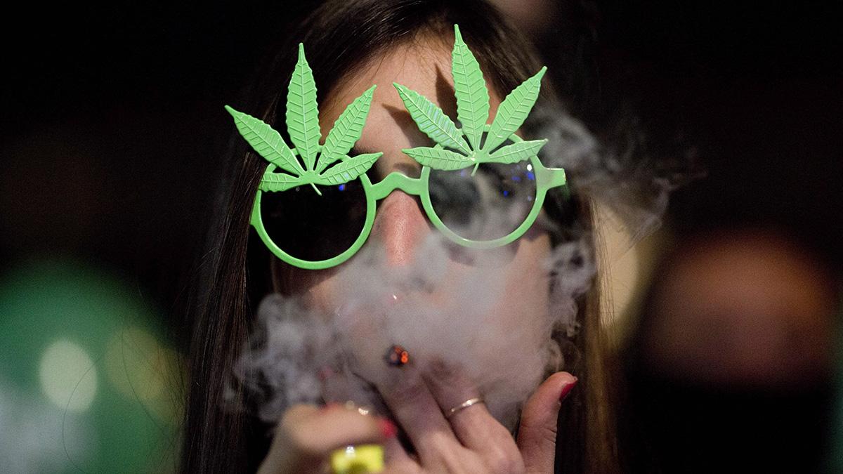 A kannabisz dohányzása és kezelése