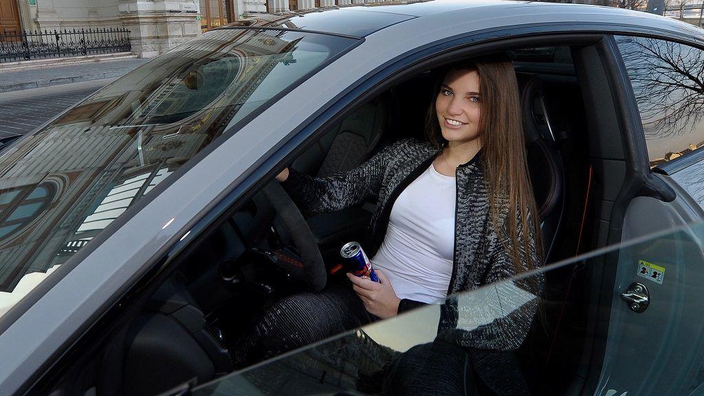 Versenypálya után közúton is vezethet Keszthelyi Viven