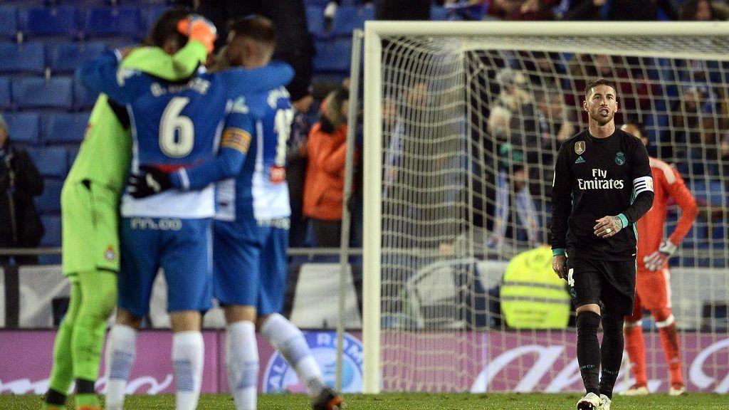 Real Madrid's Spanish defender Sergio Ramos reacts to Espanyol's goal during the Spanish league football match between RCD Espanyol and Real Madrid CF atthe RCDE Stadium in Cornella de Llobregat on February 27, 2018. / AFP PHOTO / Josep LAGO
