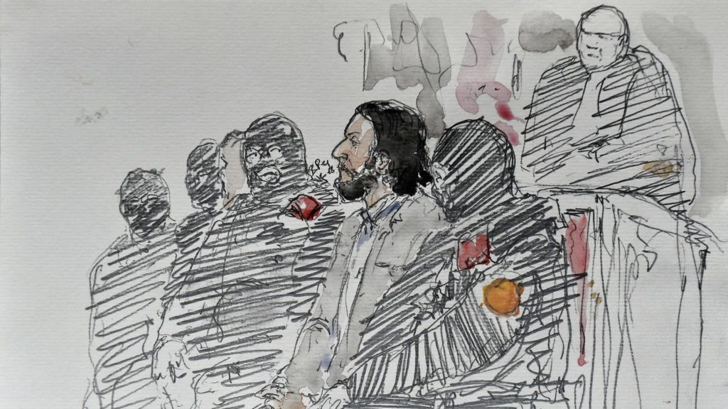"""A courtroom sketch made on February 5, 2018 shows prime suspect in the November 2015 Paris attacks Salah Abdeslam prior to the opening of his trial at the """"Palais de Justice"""" courthouse in Brussels, on February 5, 2018. / AFP PHOTO / Benoit PEYRUCQ"""
