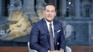 """Heinz Christian Strache (FPOe) during ORF TV show """"Sommergespräche"""" in Vienna on 21 st August 2017. (Photo credit should read """"GEORG HOCHMUTH/APA-PictureDesk via AFP"""")"""