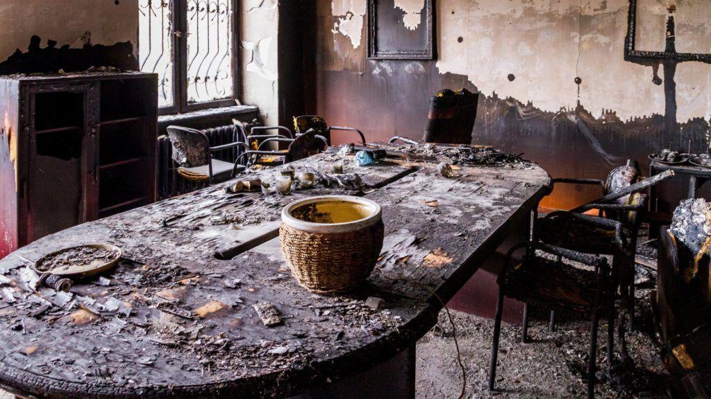 Felgyújtották a KMKSZ központi irodáját Ungváron