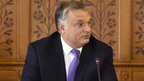 Budapest, 2017. október 18. Orbán Viktor miniszterelnök az Idõsek Tanácsának ülésén az Országházban 2017. október 18-án. MTI Fotó: Máthé Zoltán