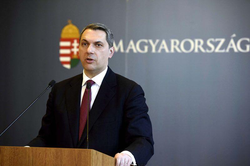 Budapest, 2018. február 15.Lázár János, a Miniszterelnökséget vezető miniszter szokásos heti sajtótájékoztatóját tartja az Országházban 2018. február 15-én.MTI Fotó: Bruzák Noémi
