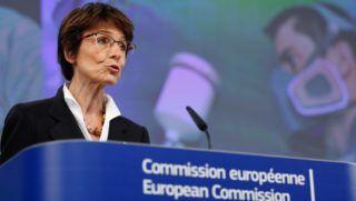 Brüsszel, 2016. május 13. Marianne Thyssen, az Európai Bizottság foglalkoztatásért, a szociális ügyekért és a munkaerõ-mobilitásért felelõs belga biztosa sajtótájékoztatót tart a bizottságnak a rákkeltõ és mutagén anyagok küszöbértékeinek felülbírálásáról szóló indítványáról a szervezet brüsszeli székházában 2016. május 13-án. (MTI/EPA/Laurent Dubrule)