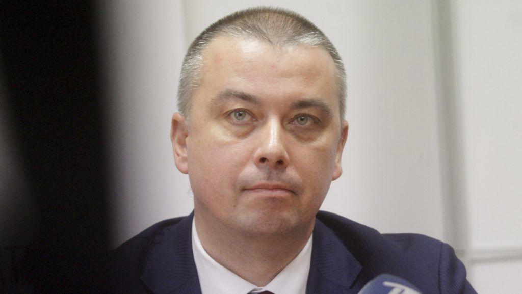 Riga, 2018. február 19. A korrupcióval vádolt lett jegybankelnök, Ilmars Rimsevics sajtóértekezletet tart szabadlábra kerülése után Rigában 2018. február 19-én. Rimsevics elutasította a vádat, hogy százezer eurót követelt volna kenõpénzként a szolgálataiért. (MTI/EPA/Valda Kalnina)